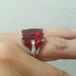 Jewelry - Sterling Silver Red Zircon Ring